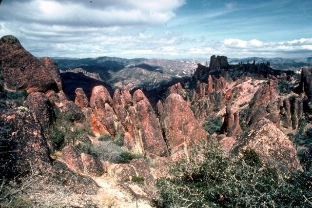 Pinnacles, 3708