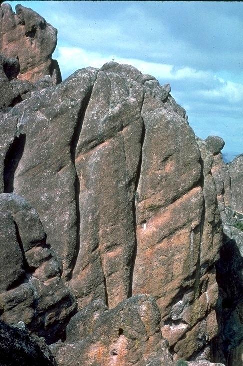 Pinnacles, 3721