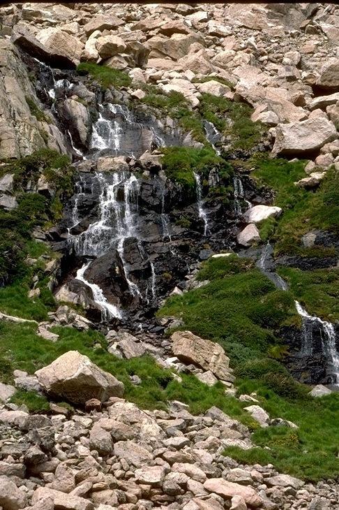Rocky Mountain, 9011