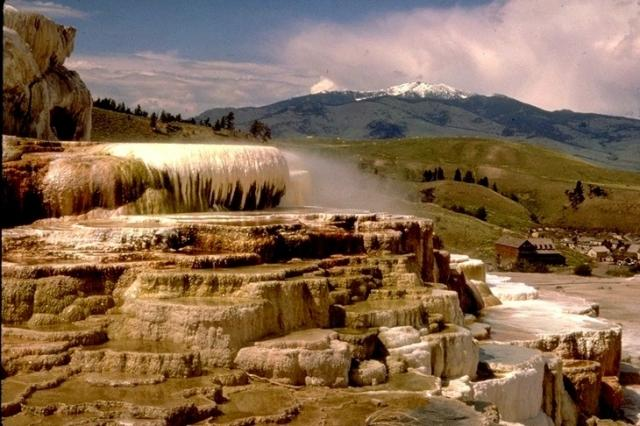 Yellowstone, 2388
